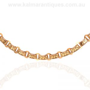 Beautiful antique 15 carat gold collar made in the 1880's