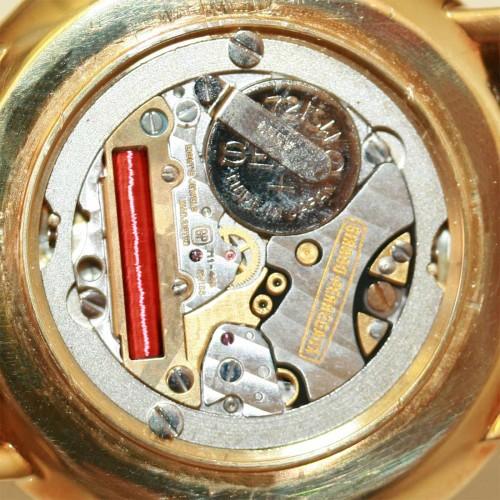 18ct Girard-Perregaux watch.