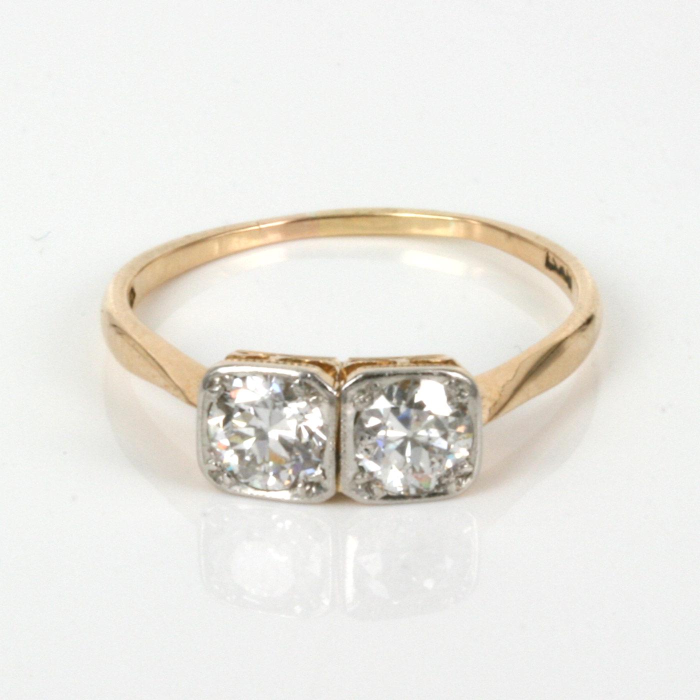 Kalmarantiques Art Deco  Stone Ring