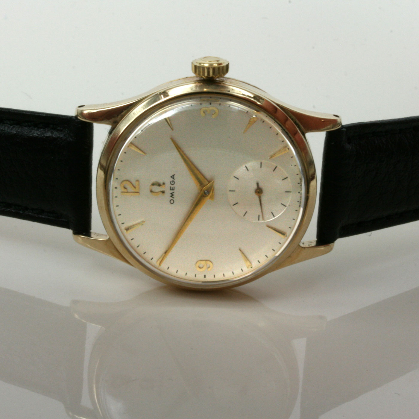 s watch silvertone blue women womens anita woman skagen dial womans with dark watches luxury carousell on p bracelet