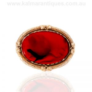 Large antique agate brooch made in 15 carat gold.