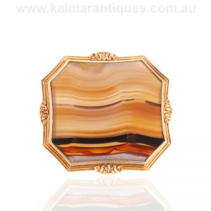Magnificent large antique agate brooch from the Victorian era