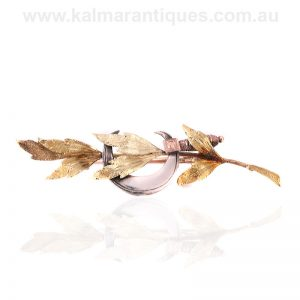 Antique brooch made in rose and yellow gold and silver