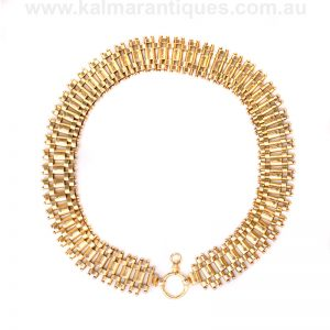 Wide antique collar made in 15 carat gold in the 1880's