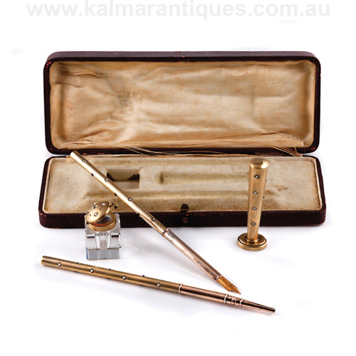 Antique pen set
