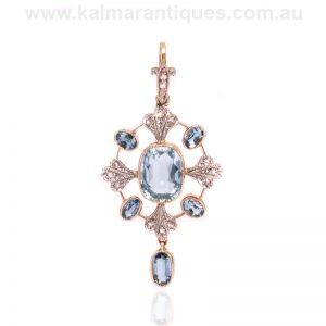 Art Deco aquamarine and diamond pendant made in the 1920's