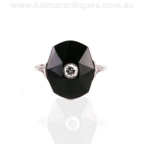 18ct white gold Art Deco facetted onyx and diamond ring