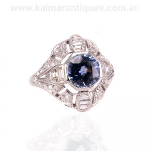 Magnificent Art Deco sapphire and diamond ring from the 1920's