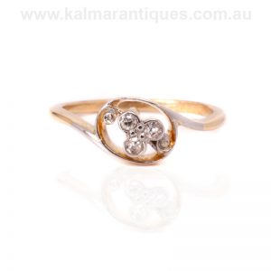 Charming Art Deco diamond ring hand made in 18 carat gold and platinumCharming Art Deco diamond ring hand made in 18 carat gold and platinum