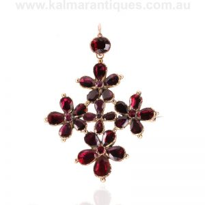 Antique Georgian garnet pendant that can be worn as a brooch