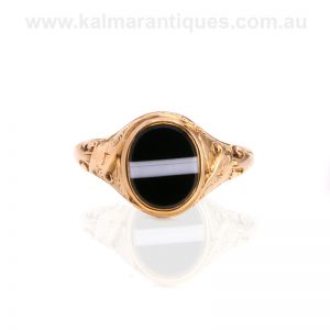 Antique onyx mourning ring made in London in 1858