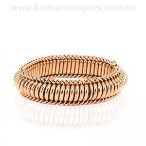 Retro era 18 carat gold bracelet made in France in the 1940's