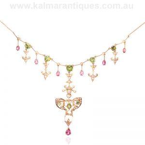 Rare 15 carat suffragette necklace with a detachable brooch/pendant