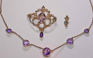 Victorian amethyst and pearl necklace