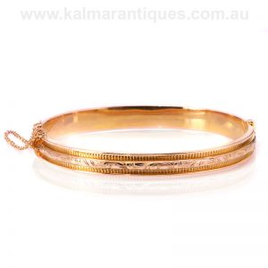 Antique hinged bangle made in 9ct rose gold in 1918