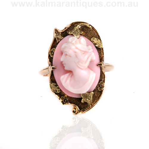Vintage cameo ring from the 1930's.