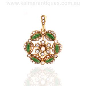 Victorian 15ct gold antique green enamel brooch pendant