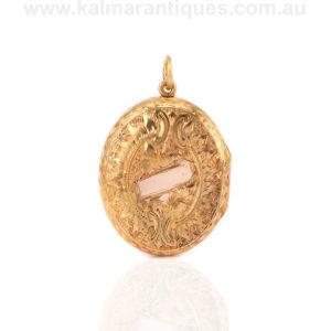 18ct gold antique locket