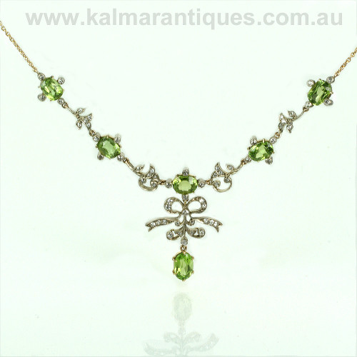 Belle  Époque peridot and diamond necklace in gold and platinum