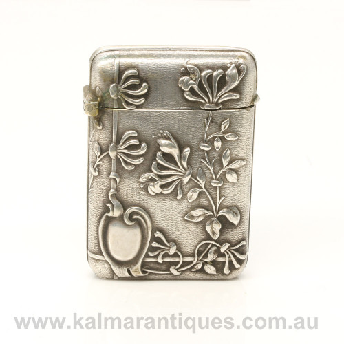 Art Nouveau antique silver vesta case made in France