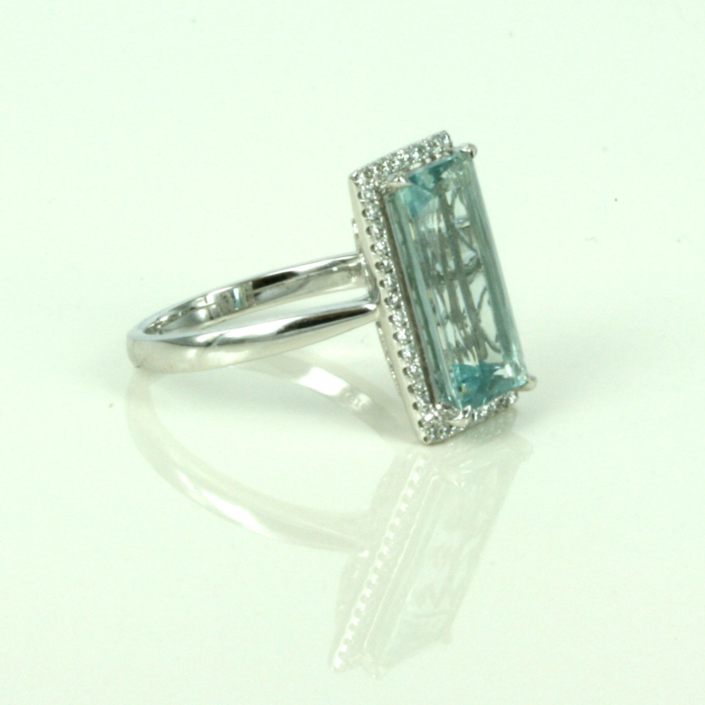 buy emerald cut aquamarine ring sold items