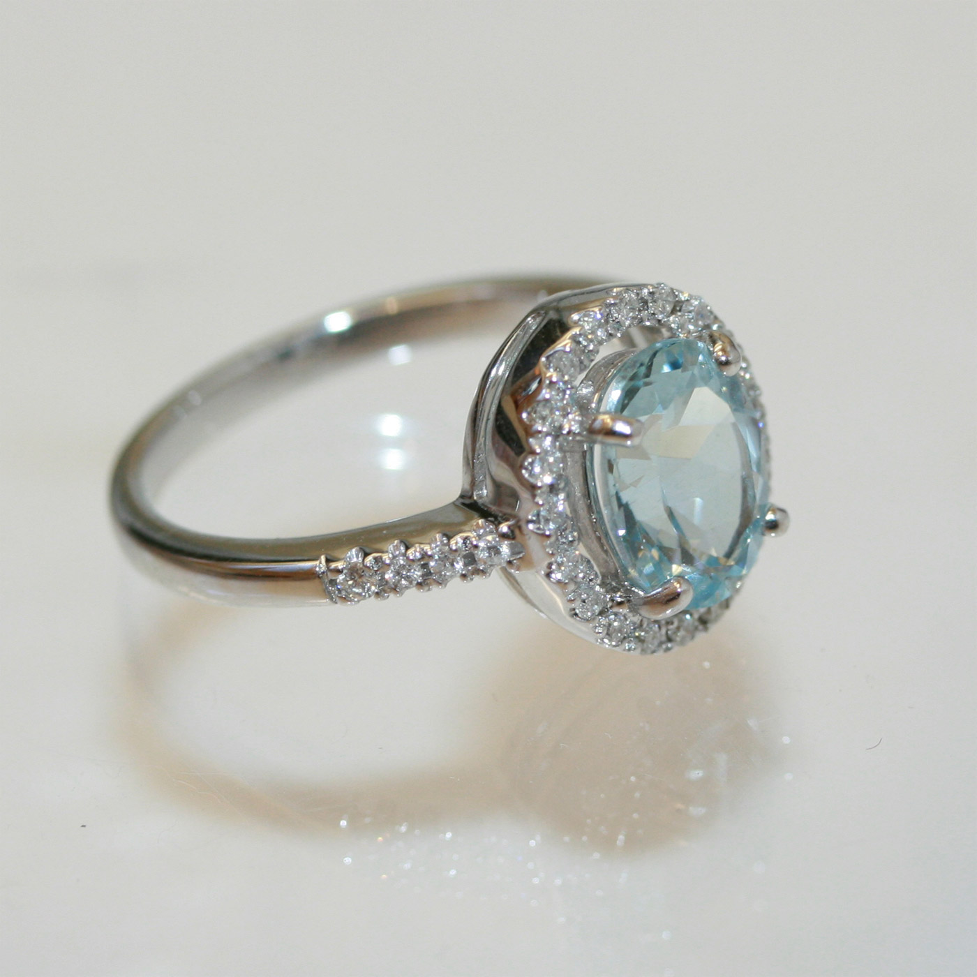 Buy 18ct Aquamarine And Diamond Ring Sold Items Sold