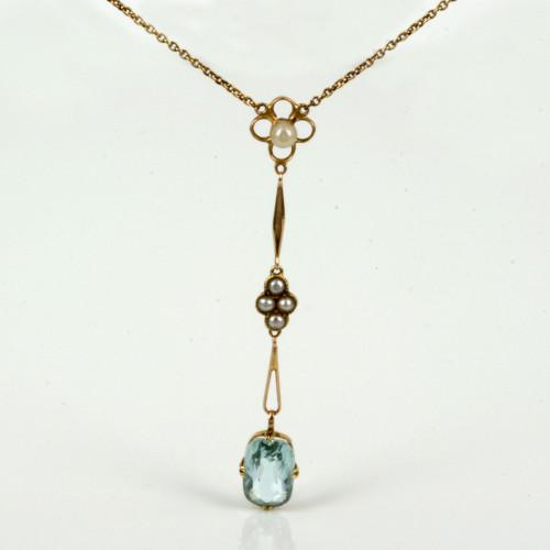 Antique aquamarine & pearl pendant in 15ct gold.