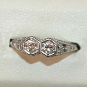 Art Deco 2 stone diamond ring.