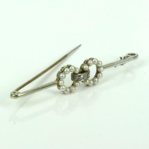 1920's era Art Deco pearl and diamond brooch.