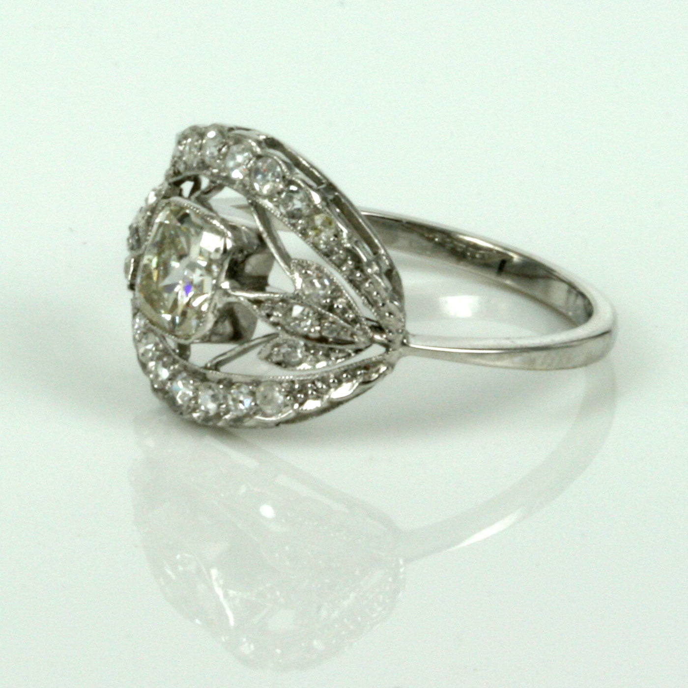 art deco diamond engagement ring made in platinum art deco wedding ring Art Deco diamond engagement ring made in platinum