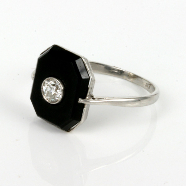 Buy onyx and diamond art deco ring made in platinum sold for What is platinum jewelry made of
