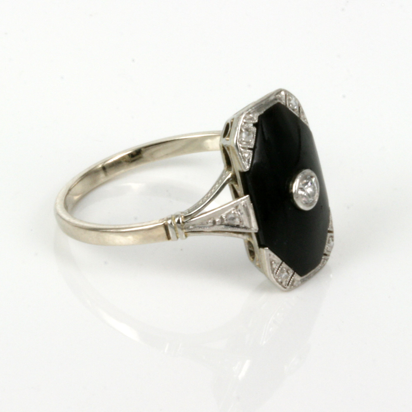 Buy 14ct Amp Platinum Art Deco Onyx And Diamond Ring Sold