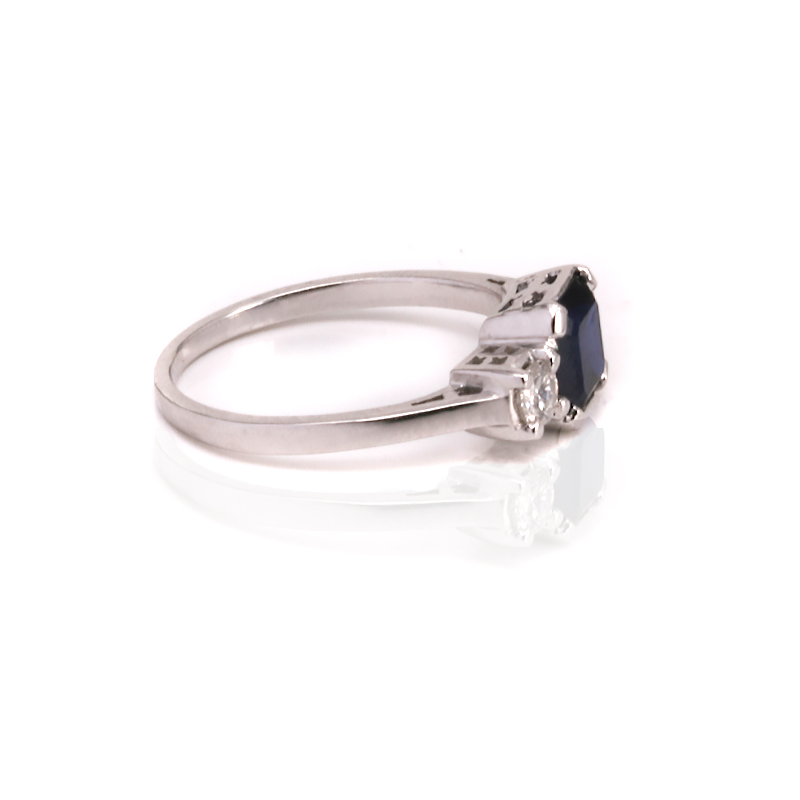 1940s art deco sapphire and diamond engagement ring