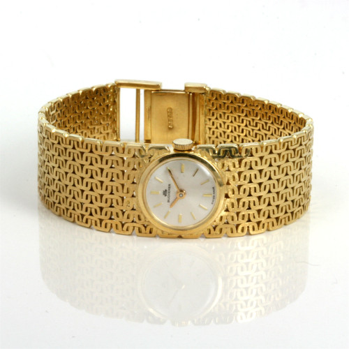 Lady's 18ct gold Bucherer watch.