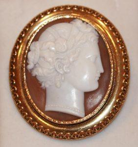 Stunning antique cameo