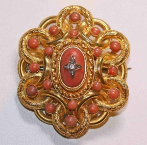 15ct coral and diamond brooch