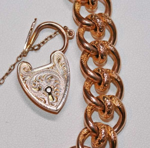 Fancy curb link bracelet