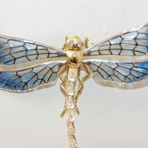 Plique-a-jour enamel dragonfly.