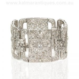 Art Deco diamond with 300 diamonds