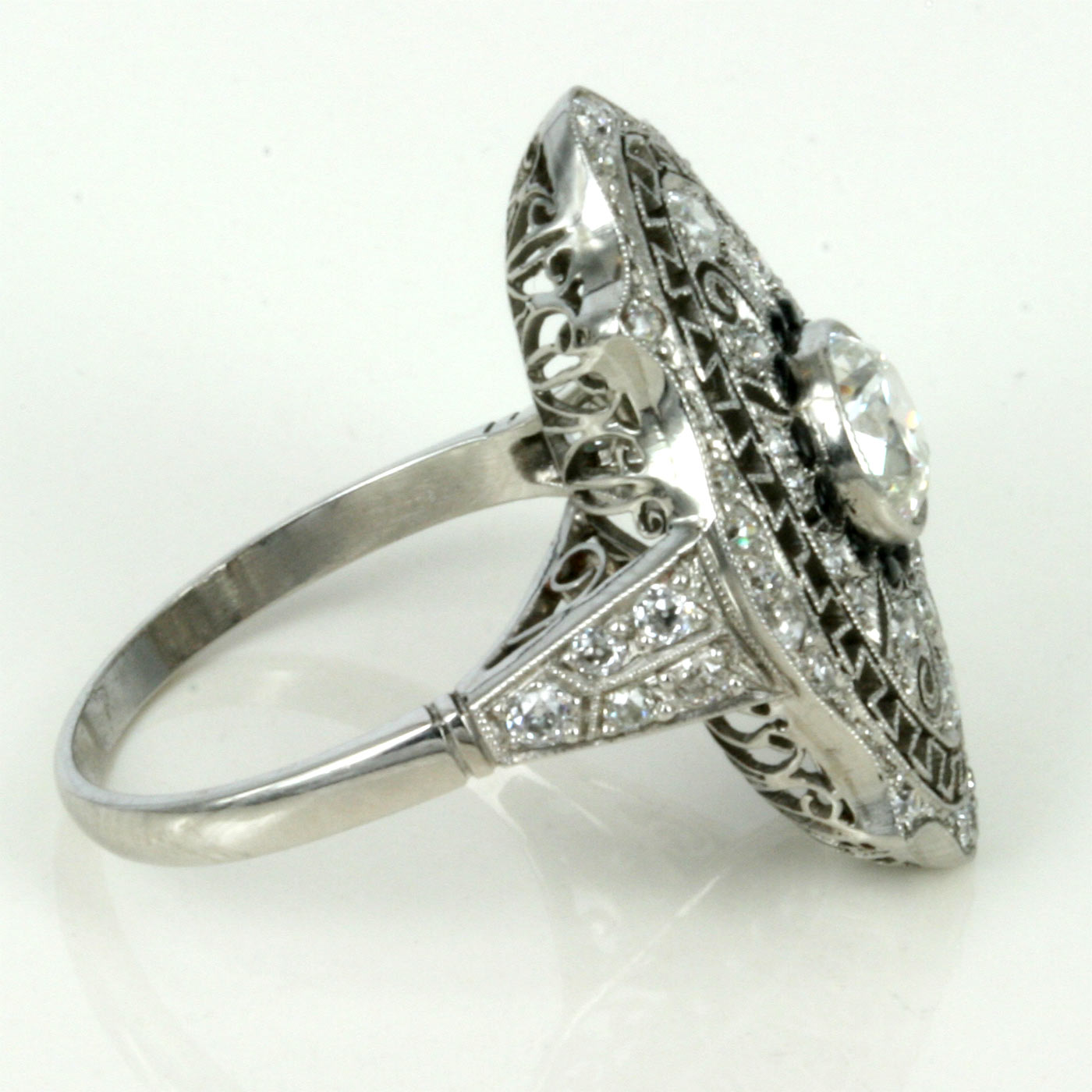 how to buy platinum ring