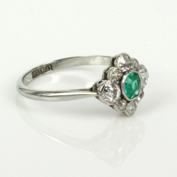 buy deco emerald and ring in gold platinum
