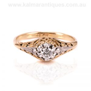 Charming Art Deco diamond engagement ring from the 1930's