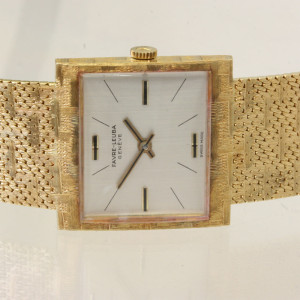 18ct Favre-Leuba watch.