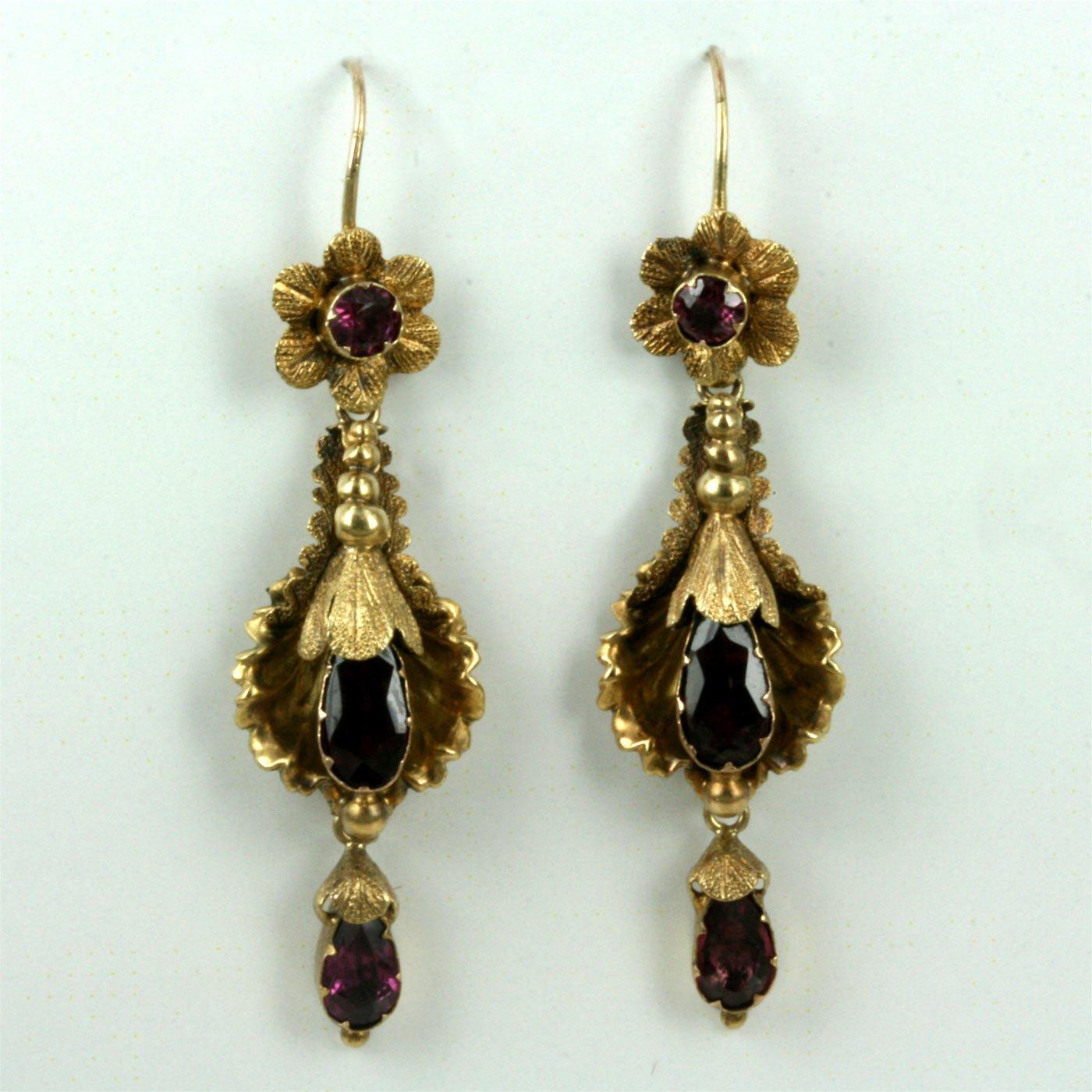 Antique Gold N Jadtar Set: Buy Stunning Antique Garnet Earrings In 15ct Gold. Sold