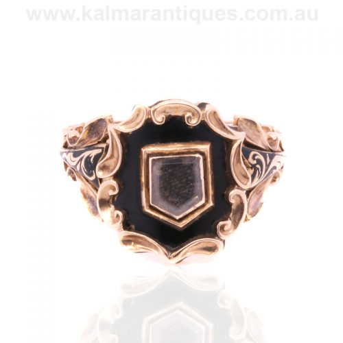 18ct antique mourning ring made in London in 1838