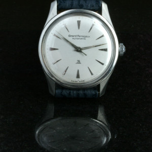 Girard-Perregaux watch with 39 jewels.