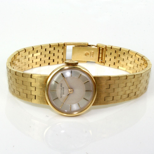 Ladies 1945 18ct gold Patek Philippe watch