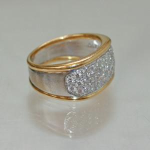 18ct pave set diamond ring