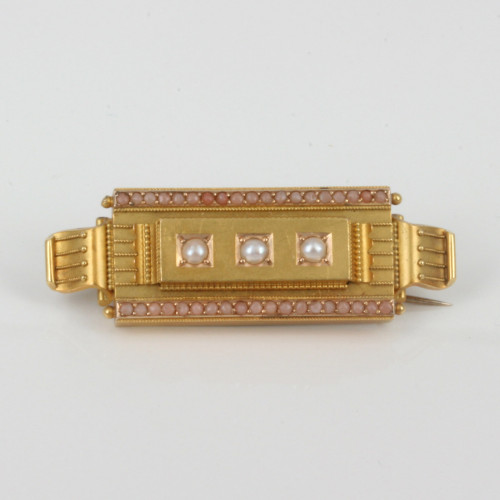 Antique coral & pearl brooch in 15ct gold.