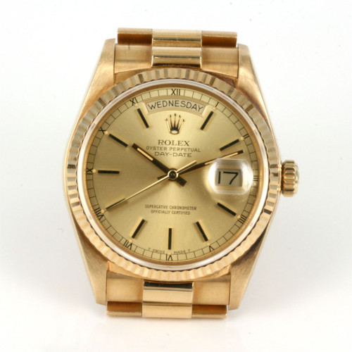 18ct Day & date Rolex President with box & papers.